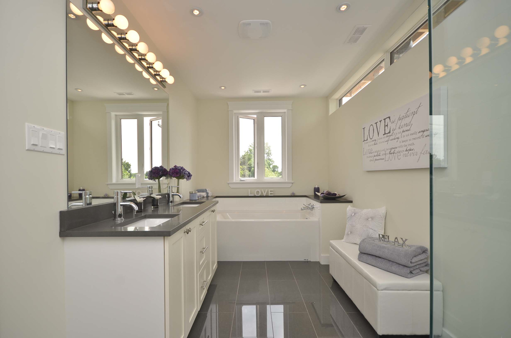 Home staging property staged - Staging a bathroom to sell ...